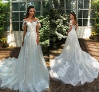 Abiti da sposa vintage 2018 Vestido De Novia Appliques di pizzo in rilievo Sheer Neck Court Train Abiti da sposa