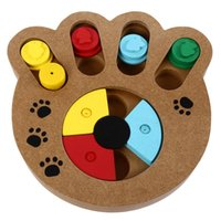 Forma di zampa di legno Pet Treat Food Hiding Puzzle IQ Training Toys for Dogs Cats