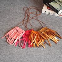Bolsa para niños 2018 Bonitas borlas hechas a mano Botones Bolsa para niños Material de PU Material para monederos Bolso para adolescentes Bolso de hombro inclinado para bebés Mini 4 colores