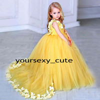 Yellow Ball Gown Flower Girls Dresses V Neck Sleeveless Peta...