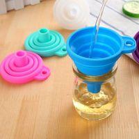 Silikon zusammenklappbarer Trichter, Flexible / faltbare / Küche Trichter für Flüssigkeitstransfer 100% Nahrungsmittelgrad-Silikon-Silikon Kleine Trichter 3 Farben