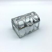 100 قطع شحن مجاني أعلى درجة الذهبي فضي البلاستيك الشفاف الكنز الصدر الزفاف علب حلوى مربع هدية lin3736