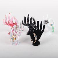 Tonvic Großhandel Kunststoff-OK-Handform für Armband-Ring-Ausstellungsstand-Halter-Mannequin für Schmuck-Anzeigen