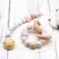 Neue Geschenk set für Neugeborene / Schnuller clip + Zahnen Spielzeug + Monatskarte set