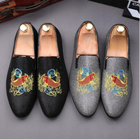 2018 New style Fashion men Lattice canvas embroidery Loafers...