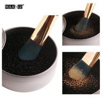 NEW Hot Maange Pincéis de Maquiagem Limpo Esponja Mini Tamanho de Bolso Portátil Make Up Brush Ferramentas com Caixa De Metal DHL grátis