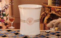 Acessórios de banho de cerâmica Elegante 5 peças Conjuntos de banho 1 saboneteira + 1 saboneteira + 1 porta-escovas + 2 xícaras de cor rosa BH 10