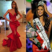 Michael Costello Sexy Red Prom Dresses 2018 Miss USA NIA Sanchez Pageant恋人のフロントスリットサイドドレープマーメイドイブニングガウン