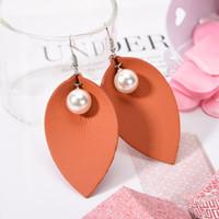 Sıcak Satış Katmanlı Noel Hediyesi Kendra Stil PU deri Oval Küpe Moda Kadınlar için Dangle Küpe