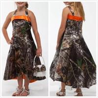 Симпатичные камуфляжные платья для девочек Цветочная длина на заказ Страна свадебных платьев Цветочные платья для девочек Холтер Детские театрализованные платья