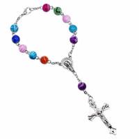 8 mmカラフルなアクリルビーズカトリックロザリオブレスレット女性の宗教的なイエス様の十字の十字架ブレスレットヒップホップジュエリードロップ船