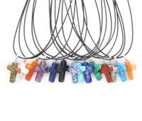 Mode Opal Turquoise Pierre naturelle Druzy Cross Colliers Bijoux avec collier en cuir
