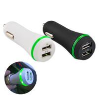 LEDライトデュアルUSBポート2.1AサムスンS7 S8 S9 HTC Android携帯電話GPS MP3スピーカーのための車の充電器の充電器