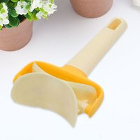 Plastic Dumpling Pie Ravioli Mould Maker Rolling Blade Dough...