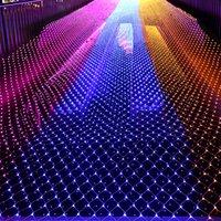 Le filet de Noël de grande taille LED allume 10x8m / 6m * 4m / 3mx3m / 1.5x1.5m / 3 * 2m allumant des vacances 4 couleurs des lumières 110V-220V de rideau en intérieur