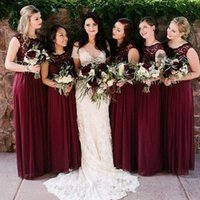 2018 Burgundy Chiffon Bridesmaid Dresses Sleeveless Western Country Style V-Neck Backless Long Beach Lace Top Wedding Party Dresses Cheap