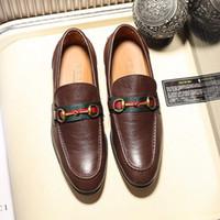 0b773ddab129 2018 Hohe Qualität Luxusmarke formelle Kleidung Schuhe in sind Herren  schwarze Lederschuhe mit spitzen Herren Business