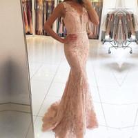 2020 Новый Sexy V-образным вырезом платья выпускного вечера Wear Иллюзия кружева аппликациями из бисера Blush Pink Mermaid Long Sheer Назад Формальное вечернее платье вечерние платья