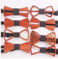 Moda Batı Özel Ahşap Beyefendi Bow Kravatlar El Yapımı Kelebek Düğün Parti için Bow Kravatlar Kelebek Ahşap Benzersiz Kravat Adam