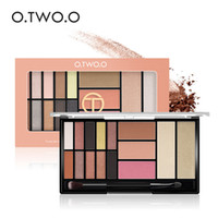 O. TWO. O 10 Eye Shadow + 3 Blush + 2 Highgloss Powder New Palet...