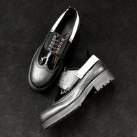 Talón grueso hecho a mano zapatos negros de Derby zapatos de cuero formal negro de la vaca de los hombres