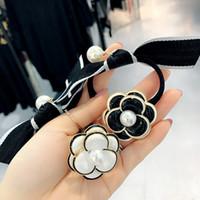 Blanc noir classique Camélia cheveux Élastique femmes fleur poney Tail Holder Hair Fashion Accessoires cadeau pour l'amour