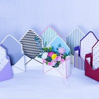 10PCS Envelope Flower Gift Boxes Hand Holds Folding Floral B...