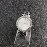 Moda M Design Marca Feminina Menina Dial Cristal de Aço Inoxidável Band Quartz Watch M6056-1
