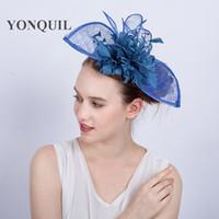 Multi-colori classico cappello fascinator piuma blu chiaro sinamay  affascinante accessori per capelli eleganti donne 32fa0754afc3