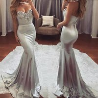 Gorgeous Sweetheart Sliver Prom Dresses Lace Appliques Pärlor Sexiga Mermaid Evening Gowns Strapless Dracker Back Formell Party Dress