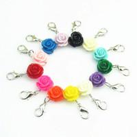 13pcs mixte couleur différente charmes de fermoir de homard charme Rose Fleur Dangle pour Médaillons flottantes Bijoux Pendentif