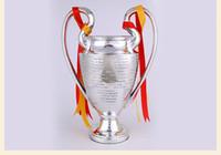 Лига чемпионов маленький трофей футбольные болельщики для коллекций металл серебряный цвет слова с Мадридом