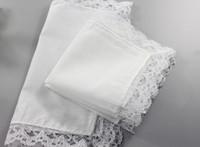10pcs 개인화 된 백색 레이스 손수건, 여자 결혼 선물, 결혼식 훈장 직물 냅킨 25 * 25cm