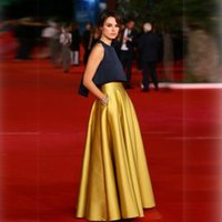 Luxury Long Celebrity Yellow Pleats New Arrival Taffeta Half...