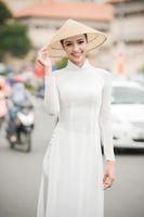 Mujer blanca Aodai Vietnam Ropa tradicional AO DAI VIETNAM Robas y pantalones Trajes mejorados de Cheongsam Estilo étnico