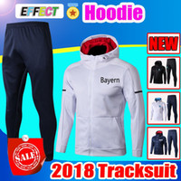 2018 Bayern Munich Hoodies de entrenamiento Chándal ROBBEN fútbol LEWANDOWSKI fútbol supervivencia Chandal JAMES maillot de foot Jacket Kit