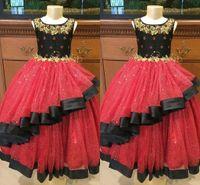 Robe de pageant de filles à plusieurs niveaux noir et rouge 2021 Gold brodé Sash Flower Robes De Fille Occasion Spéciale Robe Enfants Enfant Towdler