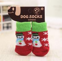 4pcs chaud chien chaussures chien doux acrylique tricot chaussettes mignon de bande dessinée anti dérapant chaussettes de dérapage pour petits chiens produits pour animaux de compagnie