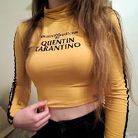 Moda QUENTIN TARANTINO Tops de Culturas Mulheres Manga Longa Listra Lateral Gola Magro Curto T-Shirt 2018 Algodão Sexy Curto Tees