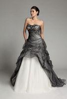 Nouvel Empire Robe De Mariée Colorée Gothique Noir Et Blanc Drapé Princesse Cristal Plissée Robes De Mariée Sur Mesure Perles Bustier Tulle