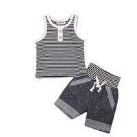 Set di vestiti per neonato estivo Gilet di cotone T-shirt senza maniche Top + Pantaloni corti 2 pezzi Completi per ragazzi Bottoni a righe Set di abbigliamento per ragazzi