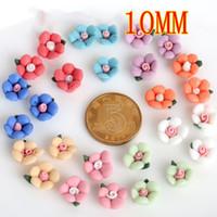 100 / lot Couleurs mélangées 10mm en plastique fleur bricolage perles plat résine cabochon avec paillette artisanat