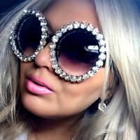 Nouveau Luxe Lunettes de soleil oversize Femmes vintage strass lunettes de soleil lunettes rondes lunettes de soleil pour femmes oculos feminino