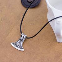 Moda elegante nórdico piratas viking hacha colgante collar al por mayor de la vendimia antigua hacha clavicular cadena collar hombres regalo de la joyería