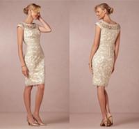 Champagne élégant Nouveau Sheer Jewel gaine mères Robes dentelle Sans manches mi-longueur plus Taille Custom Made Mère de robes de mariée