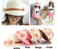 vendita calda Baby Girl Flower Caps Ragazze Summer Beach Sun Hat Cute Baby Due fiori Straw Hats Bambini Cappello di paglia Fedora Kids Jazz Cap 4 colori