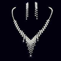 Envío gratis joyería nupcial diamantes brillantes aretes de diamantes de imitación conjuntos de collar joyería de la boda barata conjunto para el banquete de boda