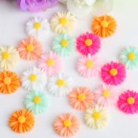 100 unids / lote 9-22mm mezcla color crisantemo color mezclado fondo plano resina cabujon scrapbook rose flowit teléfono DIY Beads para joyería