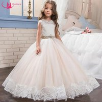 2018 Little Queen Dress White Lace Flower Girl Dresses Wedding Party Con cuentas de cintura Vestido de cumpleaños de los niños para bodas