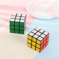 Puzzle cubo 3x3x3cm Mini Magic Rubik Cube Giochi Rubik Learning Gioco educativo Rubik Cube Buon regalo Giocattolo giocattoli di decompressione all'ingrosso